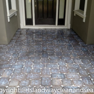 entrance way colored pavers